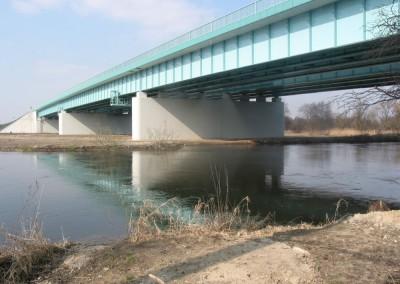 Most Białobrzegi